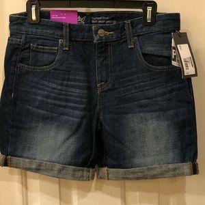 Mossimo NWT denim boyfriend shorts Size 2 4 and 6